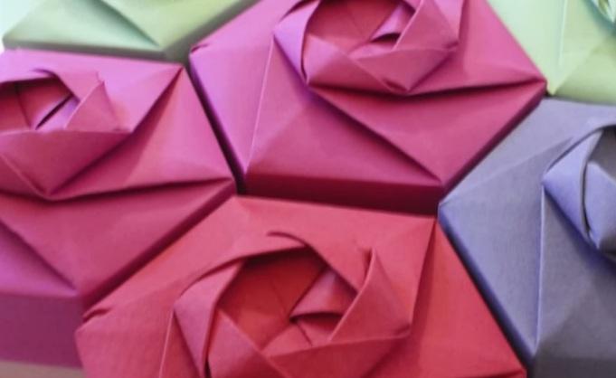 Gấp hộp quà lục giác với phong cách xếp giấy Origami