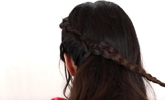 Cách tết tóc đơn giản cho bạn gái thêm trẻ trung
