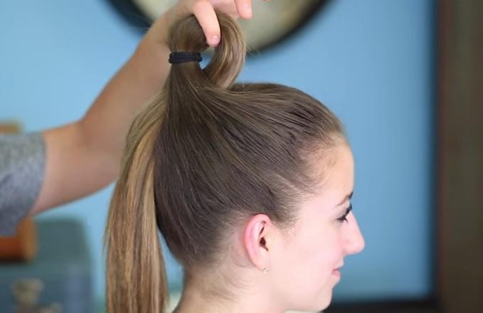 Cách búi tóc xòe quạt cho nàng kiêu xa
