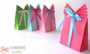 Cách làm hộp quà tặng bằng giấy thắt nơ xinh xắn