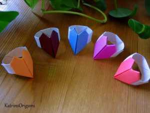 Cách gấp cặp nhẫn đính trái tim theo nghệ thuật xếp giấy Origami