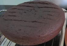 Cách làm được bánh Gato socola ngon không cần lò nướng