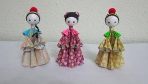 Cách làm búp bê giấy với trang phục Trung Hoa cổ xưa