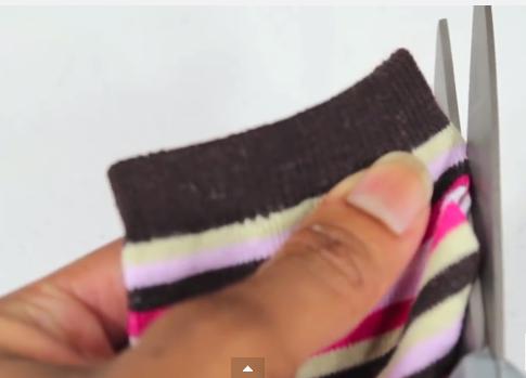 Cách làm quần áo búp bê không cần may