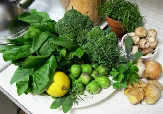 Rau xanh tốt cho sức khỏe và làm nhỏ bắp chân
