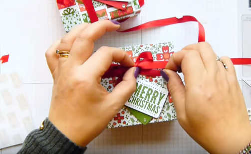 5 cách gấp hộp quà hình vuông