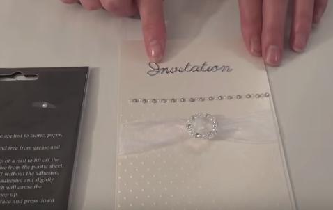 Những cách làm thiệp cưới handmade đơn giản