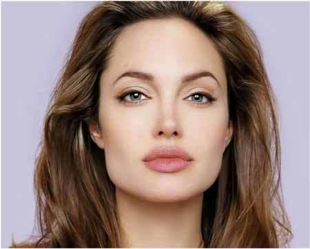 Angeline Jolie sở hữu khuôn mặt vuông vì vậy cô đã chọn kiểu lông mày cong cao