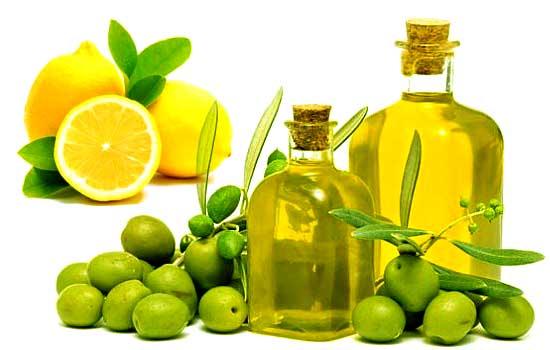 Dưỡng ẩm móng tay với dầu Oliu và nước cốt chanh