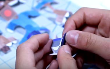 Cách làm mô hình giấy rô bốt chuyển động được