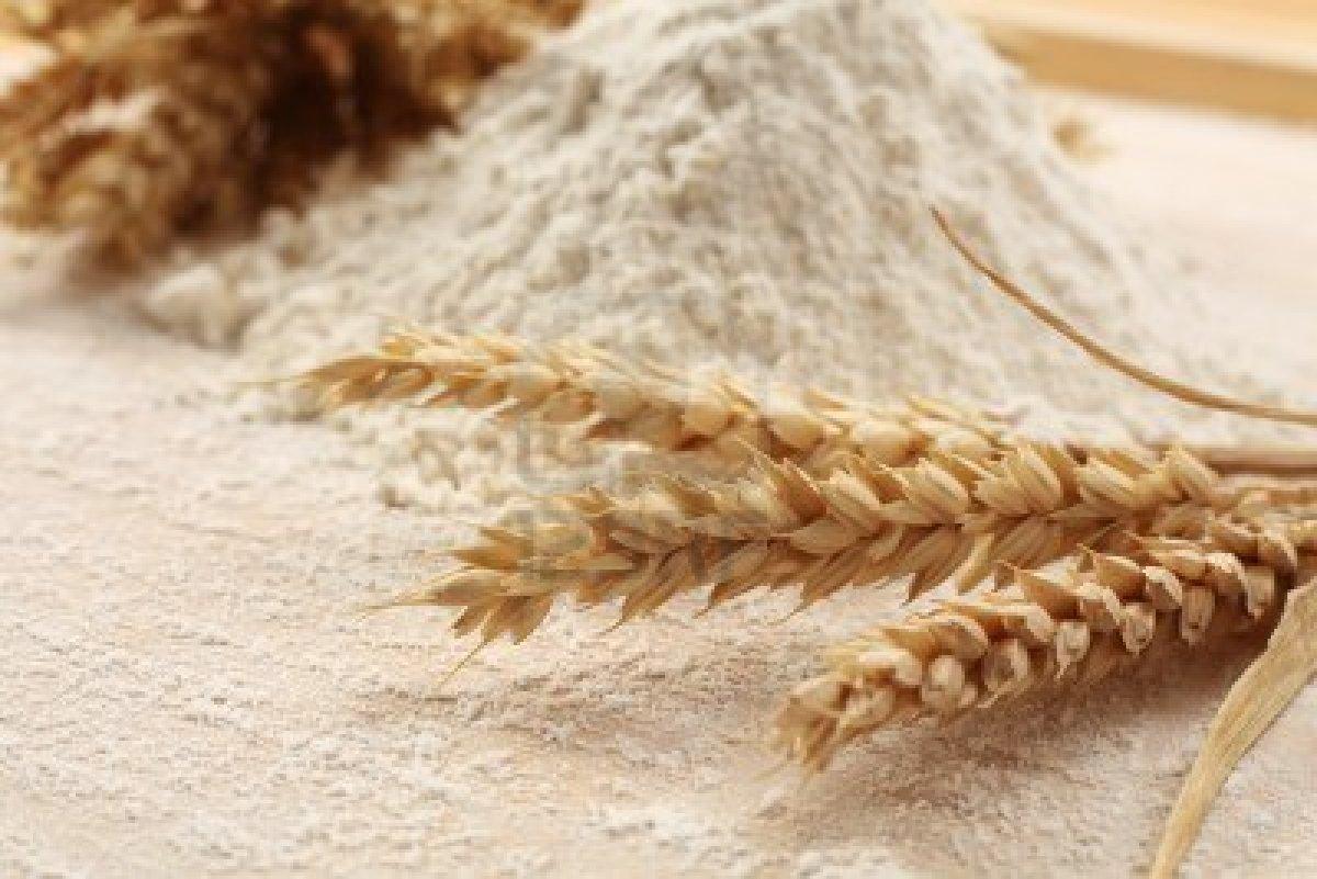 Cách làm trắng da mặt bằng bột mì
