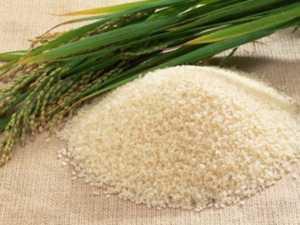 Cách làm trắng da mặt bằng cám gạo