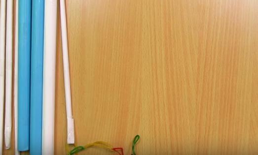 Cách làm súng giấy gắn ống tay giống người ngoài hành tinh