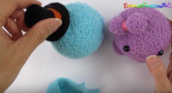 Cách làm em bạch tuộc nhồi bông dễ thương từ bít tất