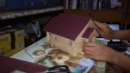 Cách làm ngôi nhà bằng que đè lưỡi