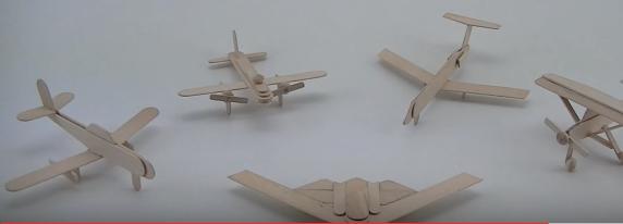 Làm mô hình máy bay đơn giản bằng que đè lưỡi
