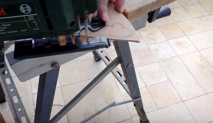 Cách làm thanh kiếm gỗ tuyệt đẹp