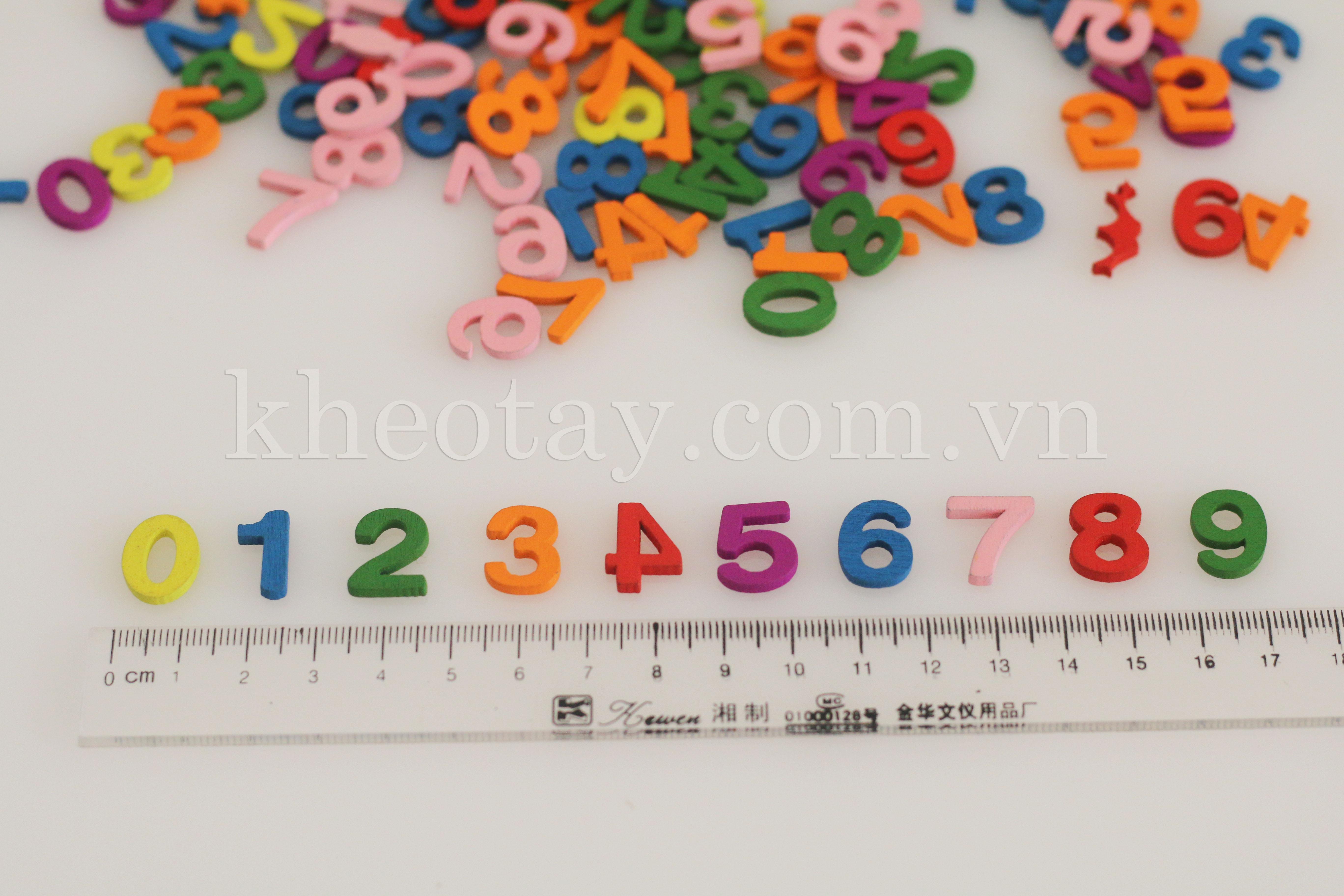 Mấu khuy gỗ bảng chữ số nhiều màu
