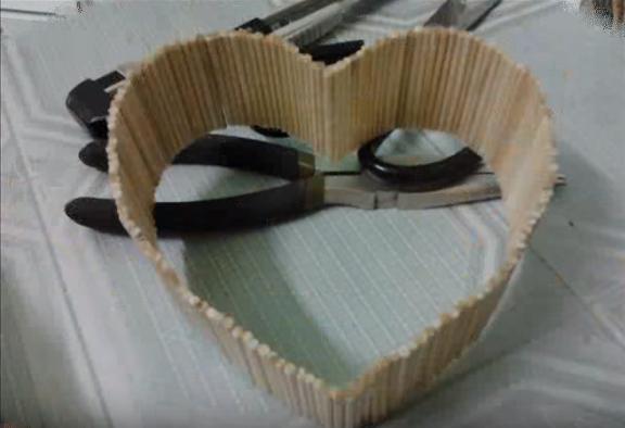 Cách làm trái tim đôi bằng tăm tre tuyệt đẹp