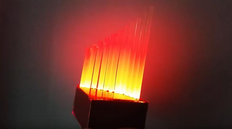 Cách làm chiếc đèn keo nến gây ấn tượng