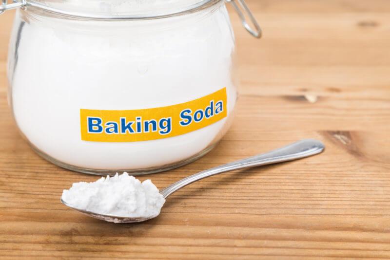 Cách chăm sóc móng bằng baking soda
