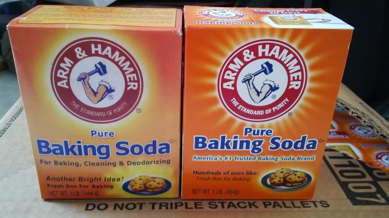 Phân biệt baking soda thật giả qua màu sắc bao bì