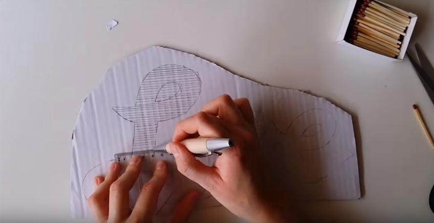 Cách tạo chữ tuyệt đẹp bằng que diêm và keo nến