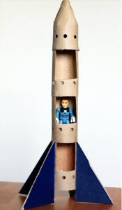 Cách làm tên lửa bằng ống giấy đẹp mắt