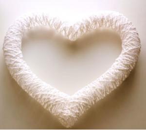 Cách làm trái tim đẹp mắt bằng dây dù