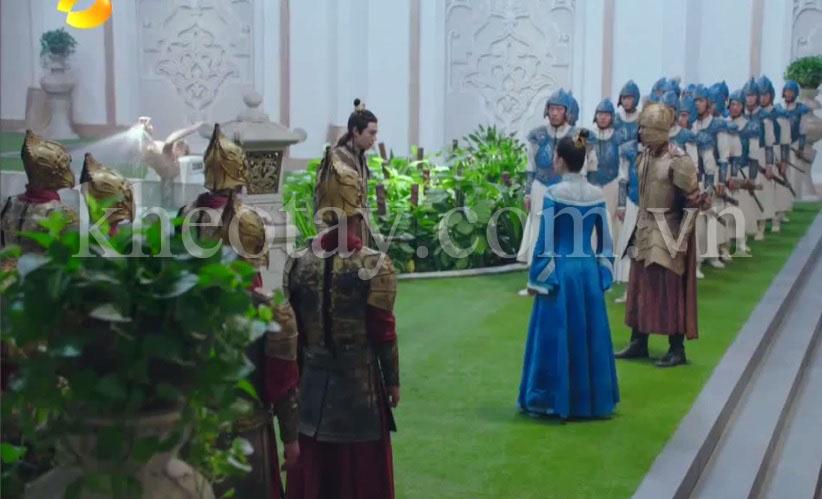 Thảm cỏ nhân tạo được dùng trong cung điện phim cổ trang