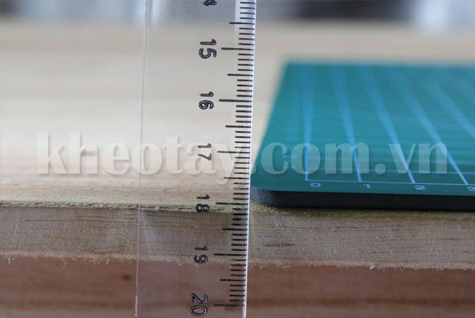 Bảng làm bằng chất liệu cao su, độ dày 3ly