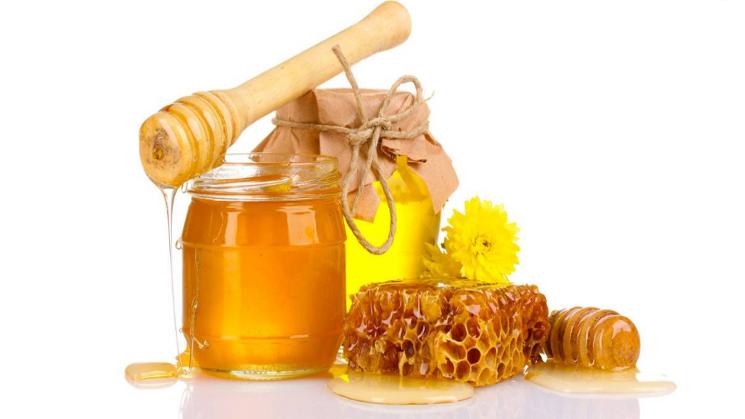 Làm đẹp với mật ong rừng nguyên chất