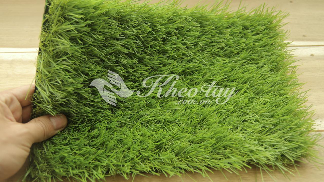 Thảm cỏ nhân tạo trong nhà