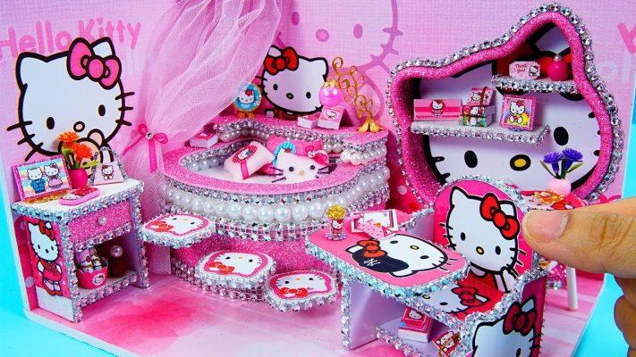 Làm phòng ngủ búp bê Hello Kitty