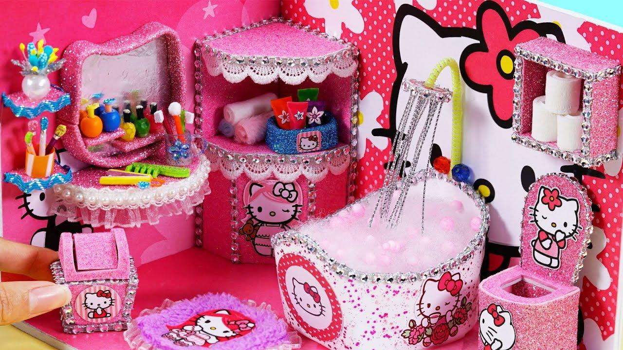Làm mô hình phòng tắm thu nhỏ Hello Kitty